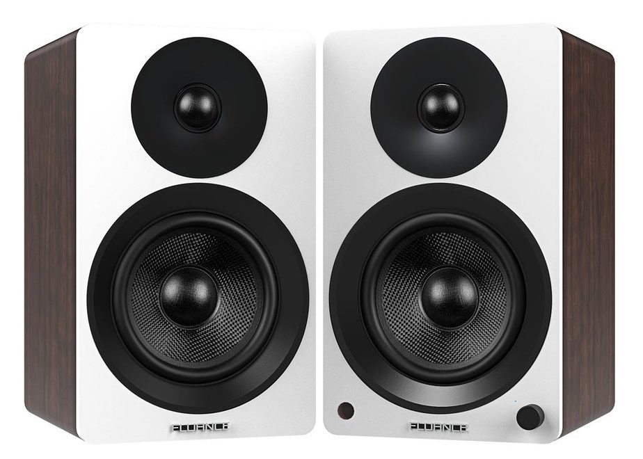 Most Versatile bookshelf speaker under 500